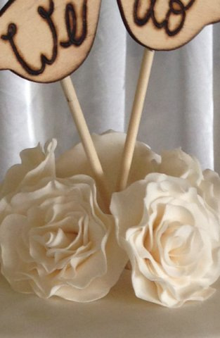 Celebrate Cakes Sugar Flowers - sugar David Austin roses