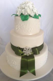 Celebrate-Cakes-Wedding-Cake-22
