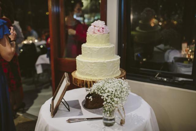 Celebrate-Cakes-Wedding-Cake-24