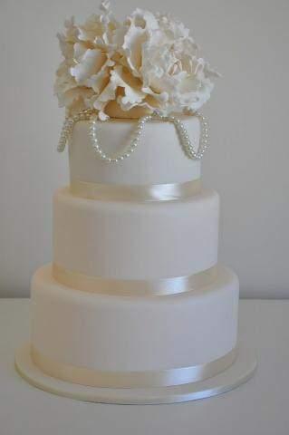 Celebrate-Cakes-Wedding-Cake-34