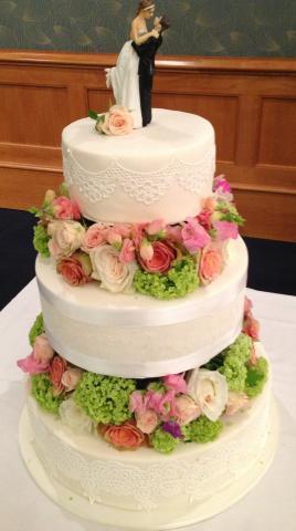 Celebrate-Cakes-Wedding-Cake-61