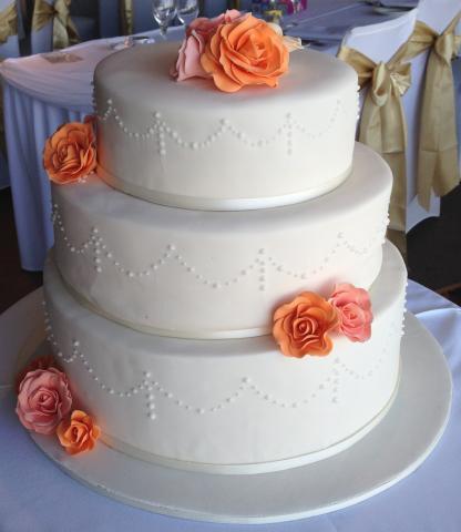 Celebrate-Cakes-Wedding-Cake-62