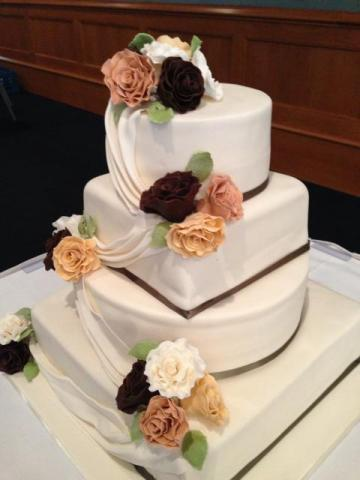 Celebrate-Cakes-Wedding-Cake-69